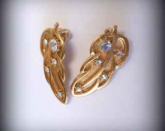 Vintage gold clip on earrings - Gold leaf design clip on earrings with rhinestones