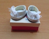 SALE - White - Middie blythe shoes Basic