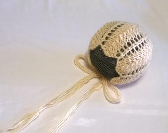 Lace Bonnet Pattern / Creme Brulee / Newborn Baby Bonnet
