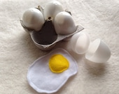4 Eggs Felt Play Pretend Food Kids Toy 4 Eggs, with shells and egg carton 10 piece breakfast set Fried Hard boiled in Plastic Take Out Box
