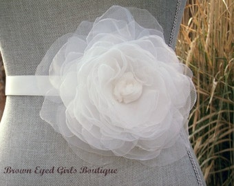 Ivory Organza Flower Bridal Sash, Ivory Bridal Belt, Ivory Wedding Belt