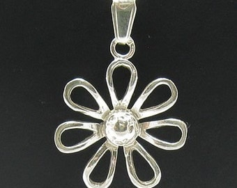 PE000402 Sterling silver pendant   925 solid  flower charm