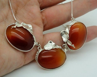 Unique Handmade  Fine Sterling Silver Carnelian stones Necklace , a classic gift (H 634)