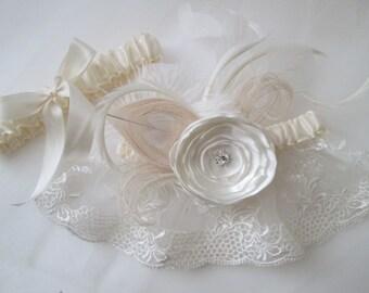 IVORY WEDDING Garter Set, Peacock Feather Garter, Cream Wedding Rose, Shabby Chic Lace, Rustic, Boho Weddings