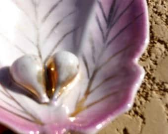 Vintage Pink Fig Leaf dish 1940s German Porcelain