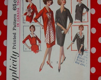 Vintage Pattern c.1964 Simplicity No.5618 Dress, Size 16, Uncut