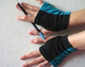 Color stripe fingerless gloves