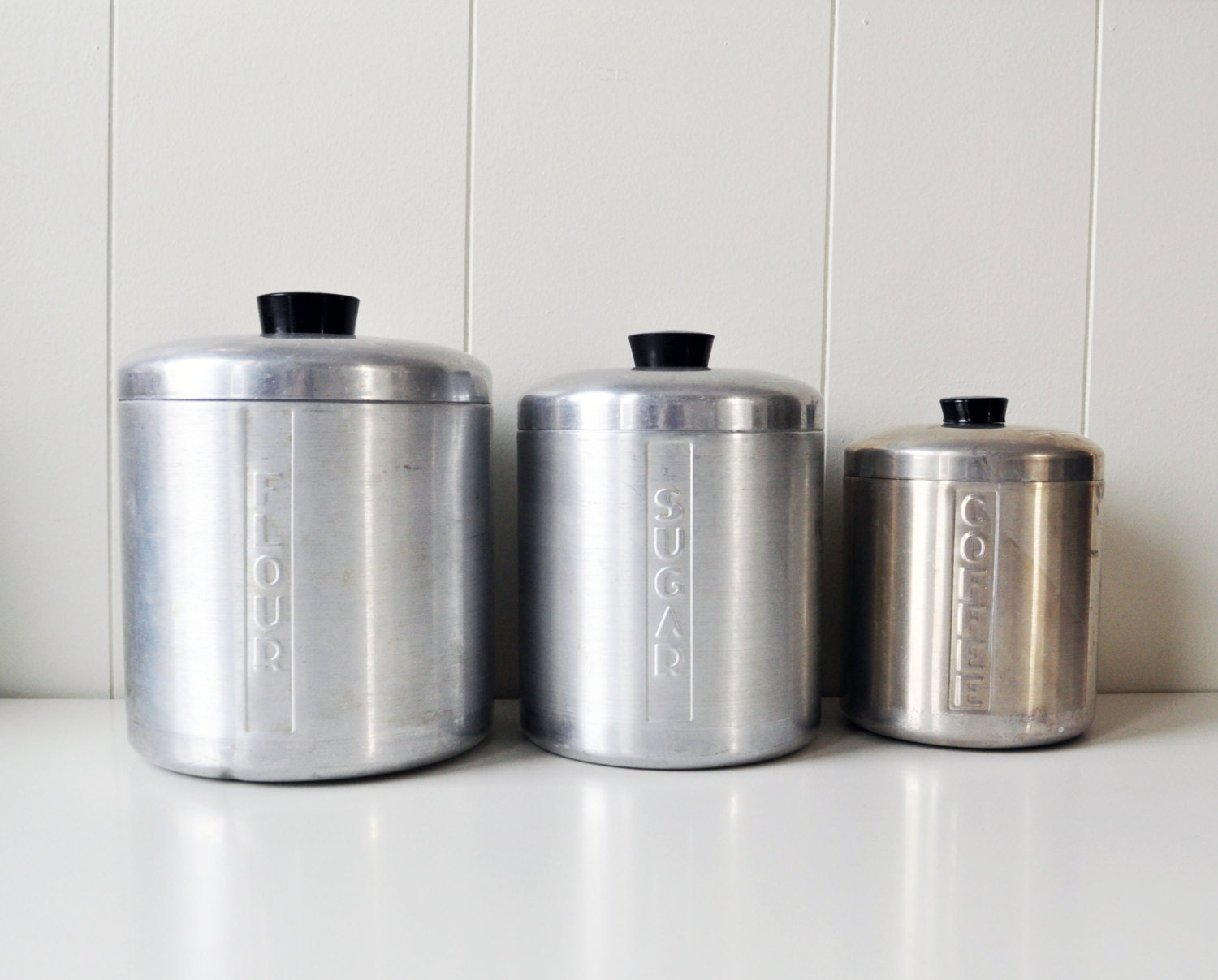 Vintage Set of Kitchen Canisters