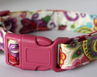 Paisley Dog Collar White Size XS, S, M or L