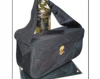 Vintage 1950s  Purse  . black  .  handbag .  mad men rockabilly pinup garden party dress
