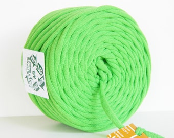 Lime Green 33 Yrds Recycled T-Shirt Yarn, T Shirt Yarn, Bulky