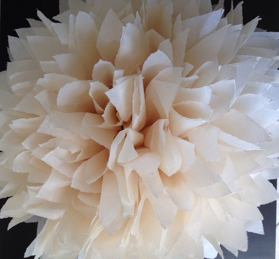 1 khaki tissue paper pom pom pom pom neutral pom poms Decoration kaki
