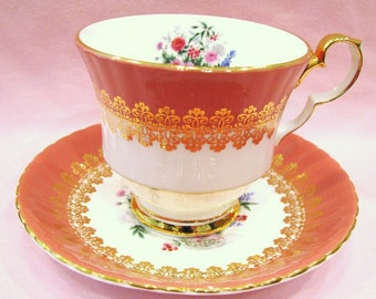 Vintage Hammersley Tea cup and Saucer Flower Bouquet, Shabby Cup and Saucer