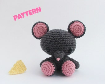 Mouse Pattern / Christmas Gift Idea / Black Friday / Crochet Patterns / Amigurumi Patterns / Animal Patterns / Kids Patterns / Baby Patterns