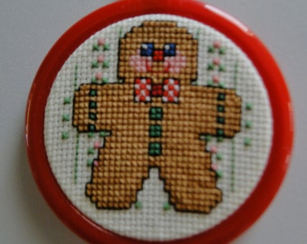 Gingerbread Man Ornament (red frame)