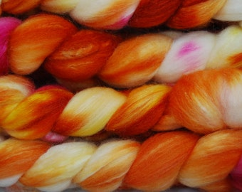 Polwarth/ Silk 60/40 wool top 4.1 oz roving spinning felting 1015C