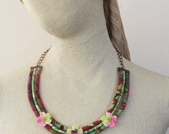 Fabric necklace - Textile necklace - Fabric jewelry - Textile Jewelry - Fabric cord - Woodland necklace - Flower neckace - Tropical necklace
