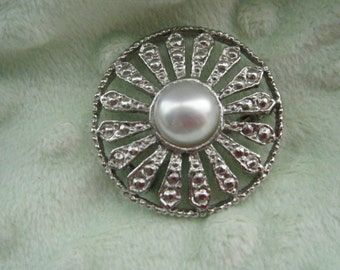 Vintage Round Brooch Silver Tone and Faux Pearl Center