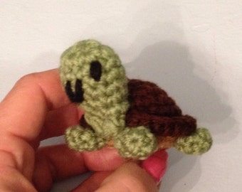 Little Crochet Baby Turtle  - Pet Turtle -  amigurumi