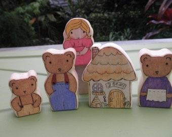 Wood Toys-GOLDILOCKS -Three Bears-Miniature DOLL HOUSE-Pretend Play-Waldorf Inspired