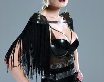 Latex fringe shoulder pads