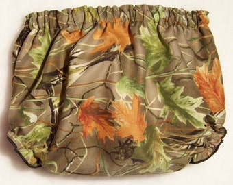 Camo Diaper Cover / Realtree / Boy / Girl / Green / Birthday / Infant / Baby / Toddler / Handmade / Custom Boutique Clothing