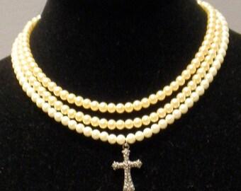 The Tudors Mary Tudor Three Strand Cross Necklace - Tudor