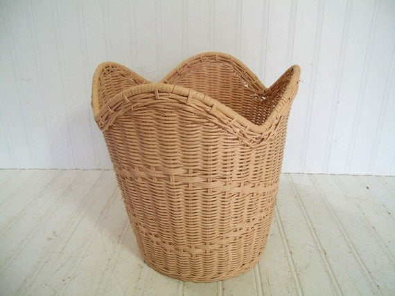 Vintage rose pink woven wicker waste basket retro round - Wicker trash basket ...