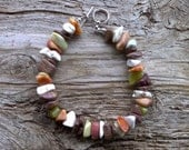 MISC> stone chip beaded bracelet 8 1/2 inch