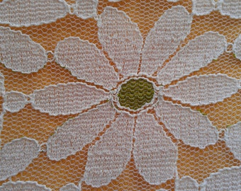 Vintage Lace Daisy Tablecloth