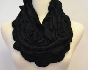 9.99 SALE Cozy Knitted Soft BLACK Petals & Ruffles Chunky Knitted Infinity Loop Circle Scarf Snood Cowl Women's Knit Scarfs Gift idea