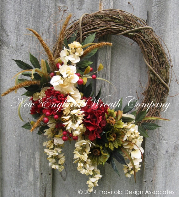 Elegant Christmas Themes: Fall Wreath Floral Wreath Victorian Garden Autumn Décor
