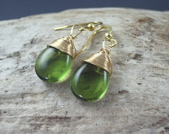 Peridot green earrings Wire Wrapped Earrings Bridesmaids earrings glass teardrop and gold  drop dangle earrings