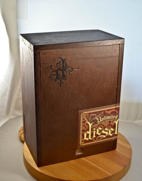 Brown wood cigar box unlimited diesel cigar box craft supply for Cigar boxes for crafts