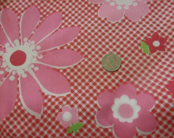 Vintage Gingham and Floral Fabric 1 yard