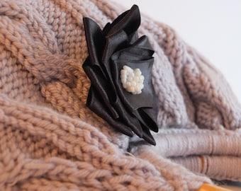 Knitted  Handbag Grey everyday bag Handmade Bag,Moms Gift,Fashion Week,fashion,hibbe,spring fashion -children