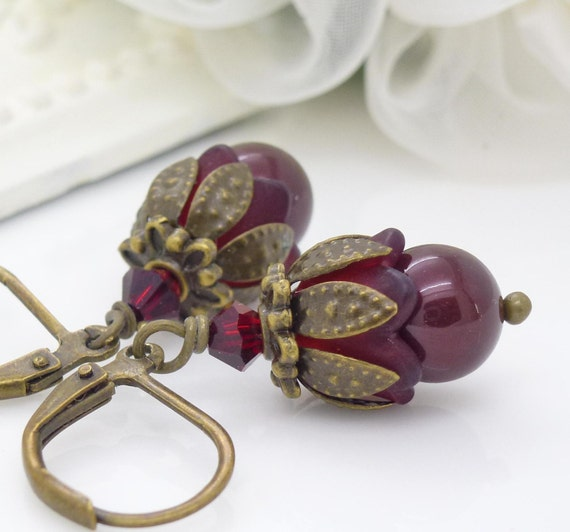 Dark red pearl earrings, vintage style earrings, red pearl jewelry, dark red earrings, wine red beaded jewelry