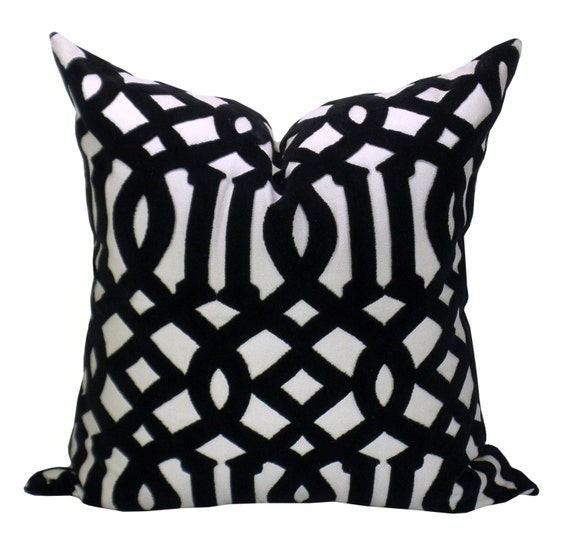 Schumacher Imperial Trellis Velvet pillow cover in Noir