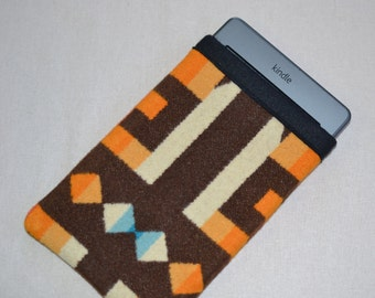 Kindle Sleeve - blanket weight Oregon Wool fabric - Kindle TAILORED to your DEVICE voyage, paperwhite etc - brown southwestern
