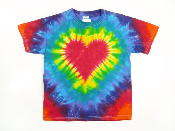 Tie dye t shirt adult red heart rainbow colors for How to dye a shirt red