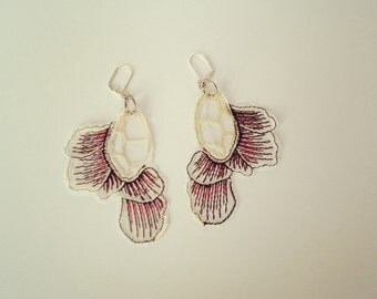 Fabric and acrylic petal earings