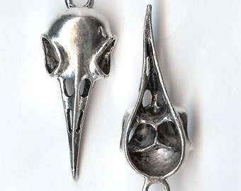 BIRD SKULL Pendant or Large Charm. Silver Plated Zinc Alloy. Realistic 3D Skeleton.