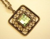 Square Filigree Green Cabochon Antiqued Bronze for Party / Christmas/ Present NC-278