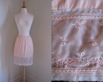 Vintage 1960s Hollywood Vassarette Palest Pink Half Slip w/Lace Trim and Embroidered Roses