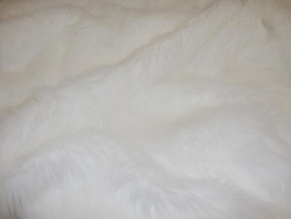 fur faux fake white shaggy faux fur fabric by the yard. Black Bedroom Furniture Sets. Home Design Ideas