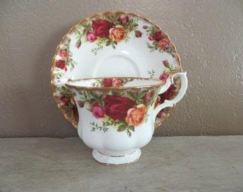 Tea Cup Royal Albert Tea Cup Floral Teacup Bone China Teacup Porcelain Tea Cup Trees Tea Cup Vintage Teacup Old Country roses