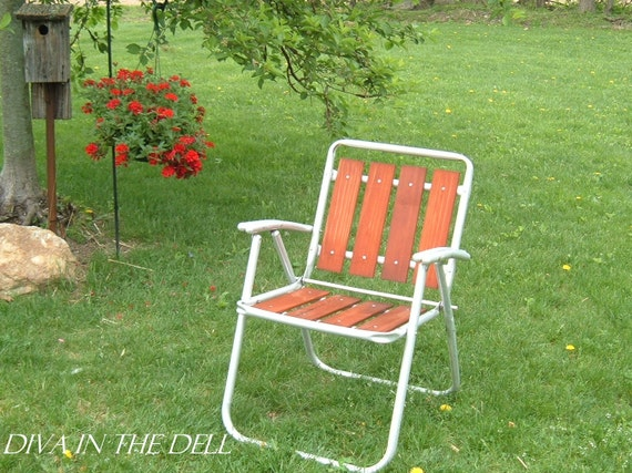 Vtg redwood aluminum folding lawn chair patio pool metal wood for Aluminum folding lawn chairs