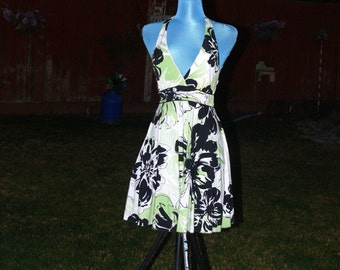black green and white  flower halter top dress size 8
