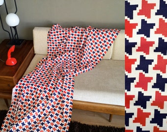 4 yds Vintage 60s MOD Houndstooth Fabric Red White Blue Mad Men MCM Home Decor Dress Material Nautical Patriotic Twiggy Carnaby Street 36""