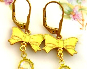 Vintage Pastel Yellow bow Drop Earring vintage Enamel bow Jewelry yellow bow Vintage Japan and Swarovski crystal earrings Handmade earrings